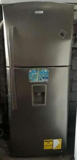 Refrigeradora Indurama Comercial