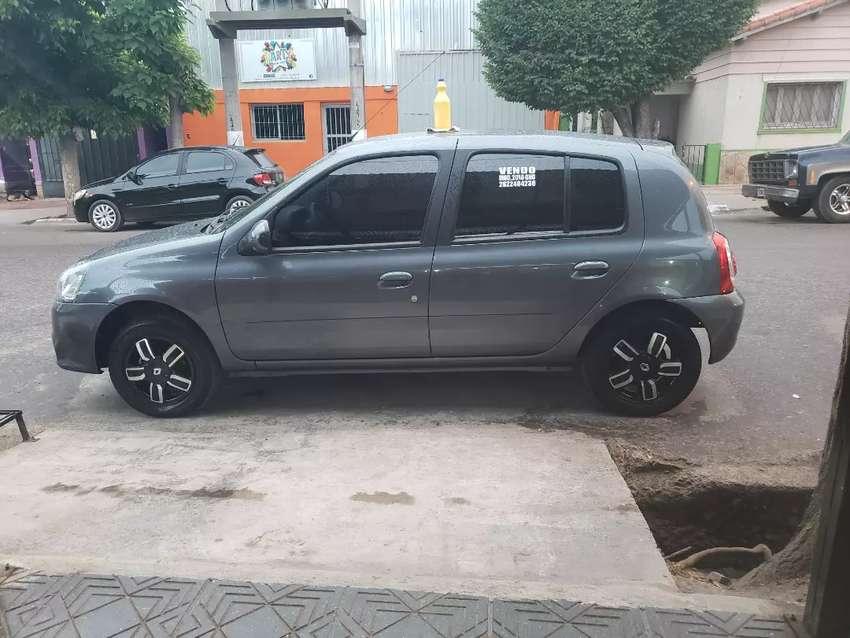 Vendo R Clio 0