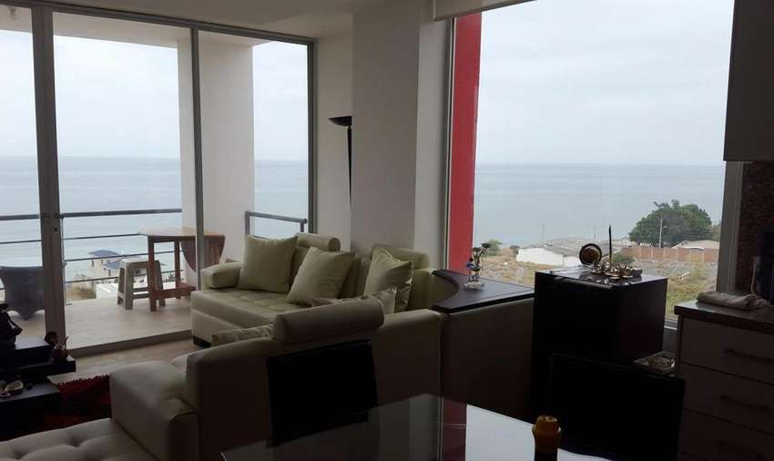 DISPONIBLE DEL 10 AL 22 DE DICIEMBRE. Espectacular Penthouse en Manta. Vista al mar. A pocos pasos de la playa. 0