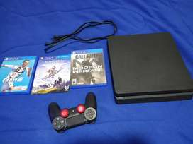 Play station 4 - PS4 slim