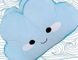 Almohadas en forma de nube