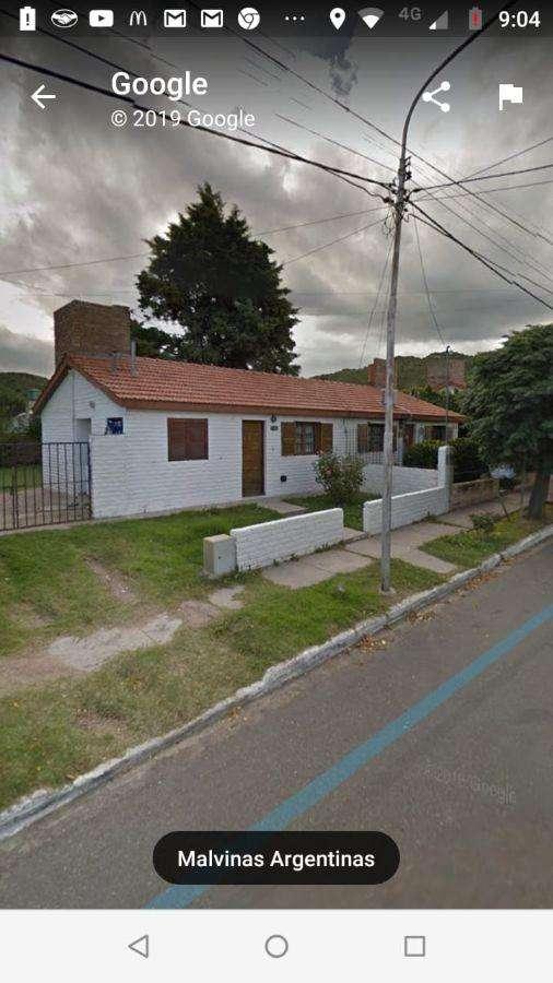 Casa en venta de 2 dormitorios c/ cochera en Juana Koslay 0