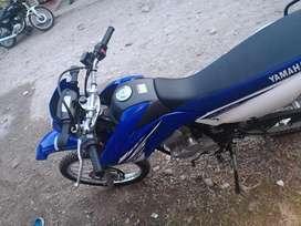 Vendo moto KTZ 250 no permuto