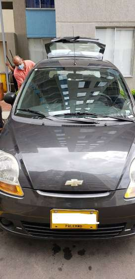 VENDO CARRO CHEVROLET SPARK