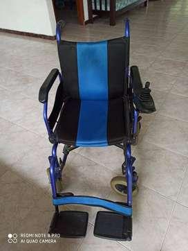 Se vende silla de ruedas con bateria