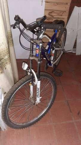 Vendo bicicleta Halley con suspencion y cambios (poco uso)
