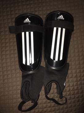 Canilleras tobilleras Adidas