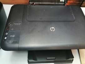 Se venden impresoras (HP deskjet 2050), (HP deskjet F4480).