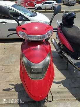 Italika 125 scooter