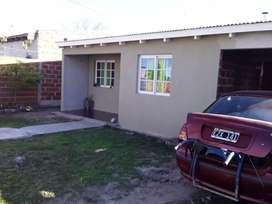 Vendo  casa en ensenada calle 25 de mayo nm 1029