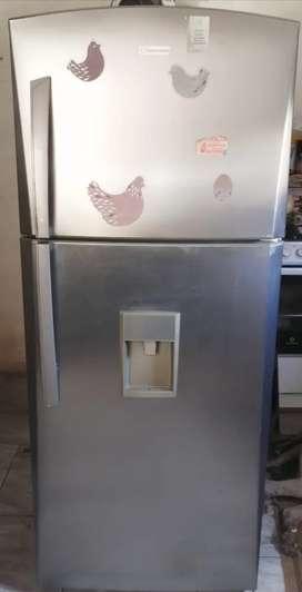 Remato refrigeradora INDURAMA