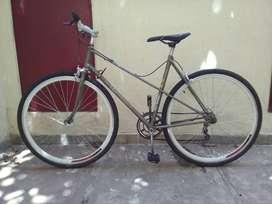 Bicicleta urbana, armada a nueva