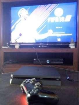 Playstation 4 , 500 gb ,