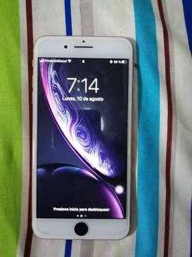 Iphone 8 plus Rosa Gold 8/10