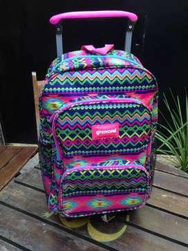 Vendo 3 mochilas cada una 1500