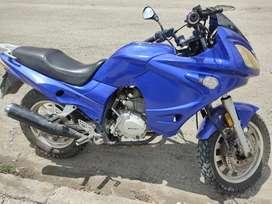 Se vende Moto Motor1