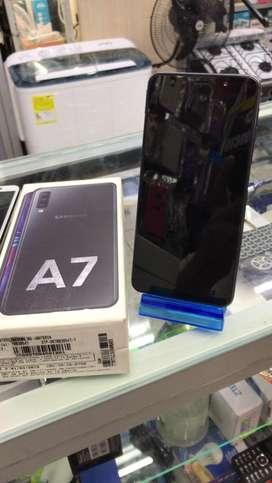 SAMSUNG A7 libre 128GB Y 4RAM y factura