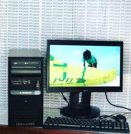 Computador de mesa CORE 2 Quad 2Gb de Ram DDR2 Disco Duro 80GB  Monitor de 19 Pulgadas