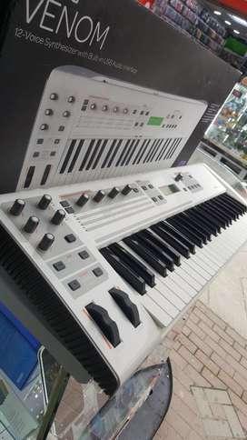 Sintetizador Venom M Audio .oportunidad.