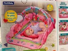 Gimnasio para bebe marca Fitch baby