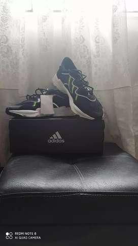 Zapatillas Adidas originales OZWEEGO talla 41.5