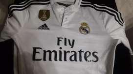 Camiseta original del Real Madrid talla S solo 2 posturas