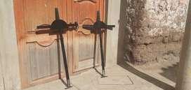 Trabajo de cruces de puro metal para personas difuntas , cualquier pedido q desee ...
