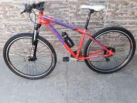 VENDO o PERMUTO Bici Mtb SBK kansas  r29 24velocidades