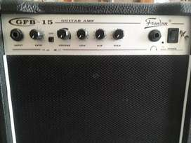 Amplificador de guitarra 15 w