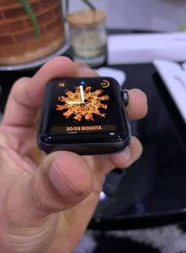 Apple Watch Serie 3 42mm libre de icloud