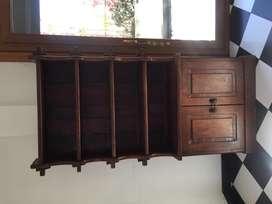 Mueble tipo biblioteca de algarrobo