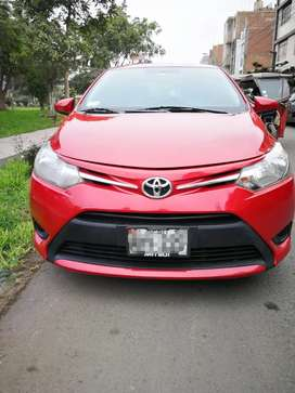 Vendo Toyota Yaris 2015