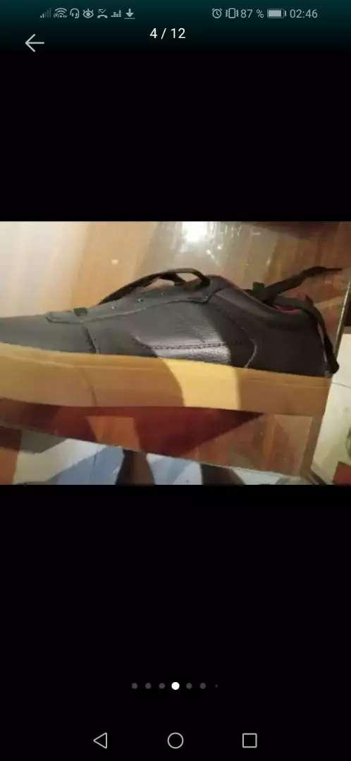 Zapatillas ARIHANF puro cuero 0