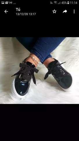 zapatillas de charol