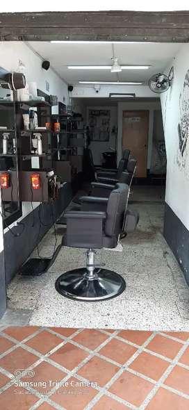 Se vende barberia