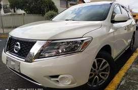 Nissan Pathfinder 2013 3 filas asientos