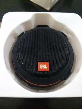 Parlantes Bluetooth JBL mind originales ideal para el uso en bicicleta y motocicleta.