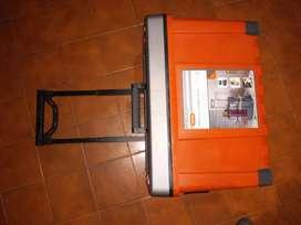 Caja de herramientas con rueda