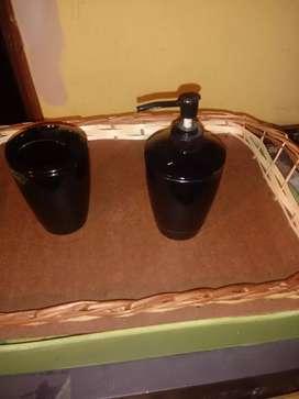 Vaso porta cepillos y recipiente para jabón liquido