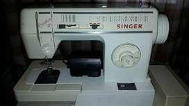 Máquina de Coser Singer Creativa 30