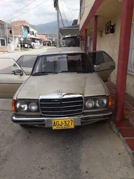 Mercedes Benz modelo 1979