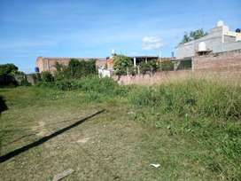 Terreno con cimientos para construcción de una casa de dos plantas se vende
