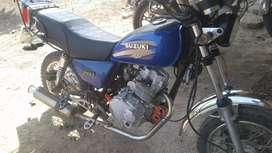 Se vende moto,,solo,,whatsapp
