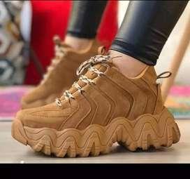 Hermosos zapatos nuevos