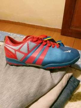 Zapatos de micro futbol