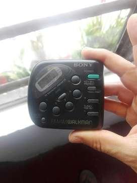 Vendo Radio Antiguo Walkman Sony