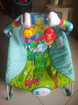 Silla musical y con vibración para bebés