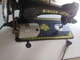 Vendo maquina singer