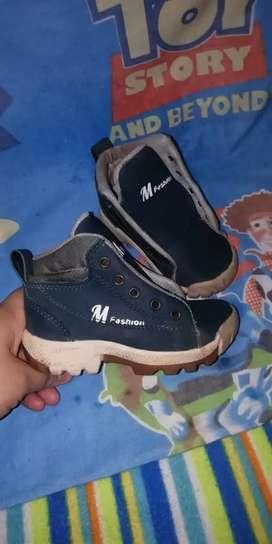 Zapatos niño 22 23 usados buen estado