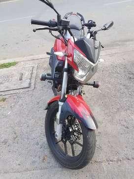 Se vende moto muy bien cuidada económica